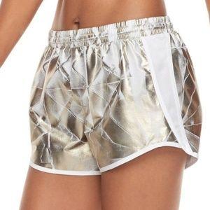 UNDER ARMOUR Women's Printed White Metallic Shorts